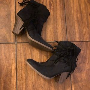 Shoes - Women's fringe booties, size 11, black